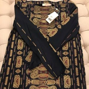 Tory Burch Top Size 2 excellent condition